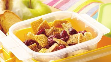 Cinnamon-Raisin Snack Mix