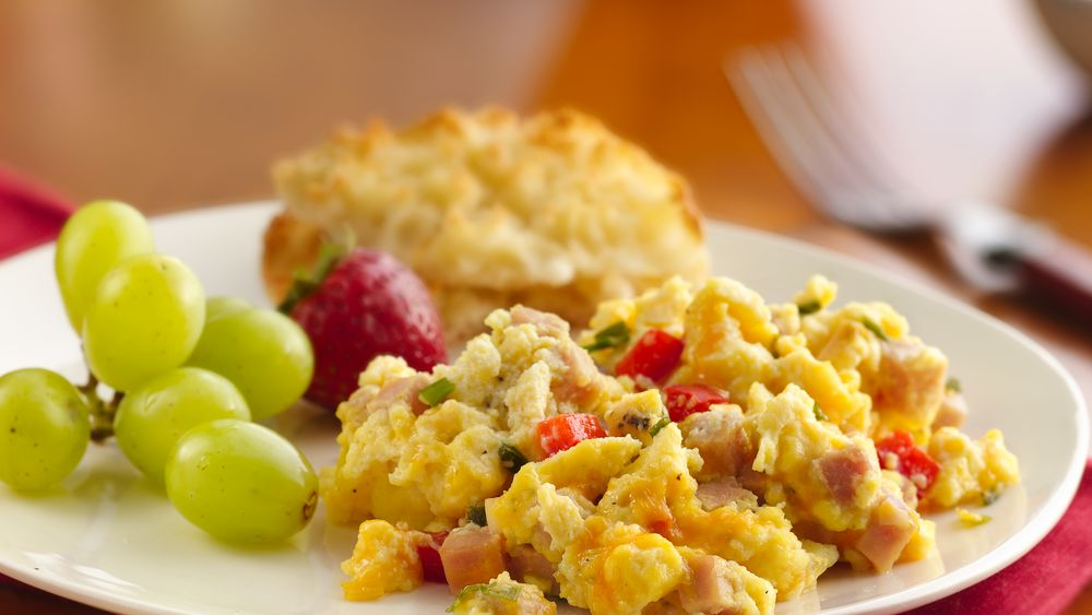 Crowd-Pleasing Scrambled Eggs