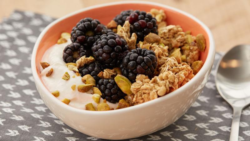 Peachy Berry Granola Yogurt Protein Bowl