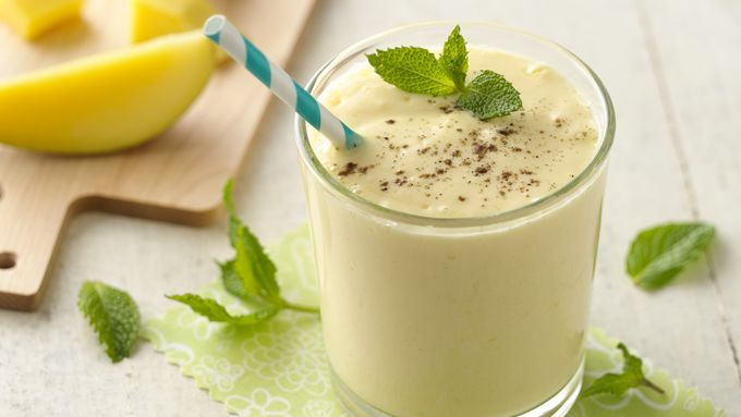 Mango Greek Yogurt Smoothie