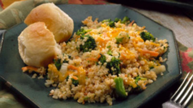 Bulgur Pilaf with Broccoli and Carrots