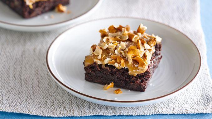 Gluten-Free Salted Caramel Pretzel Brownies
