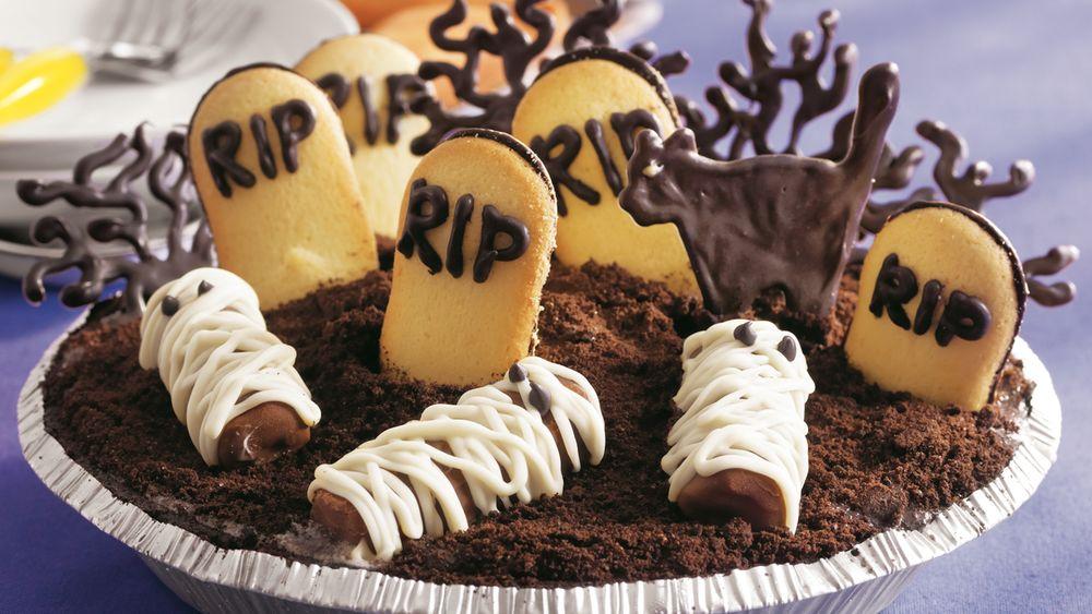 Graveyard Ice Cream Cookie Pie