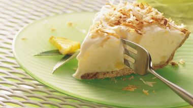 Piña Colada Ice-Cream Pie