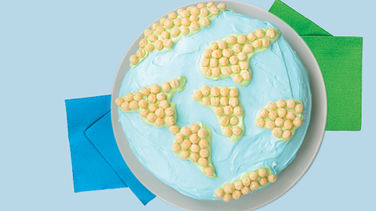 Food Art Earth Day Kix™ Cake