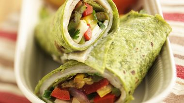 Skinny Veggie-Ranch Turkey Wraps