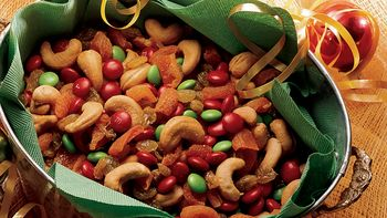 Sweet and Easy Snack Mix