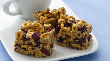 Banana Nut Cheerios® Energy Bars