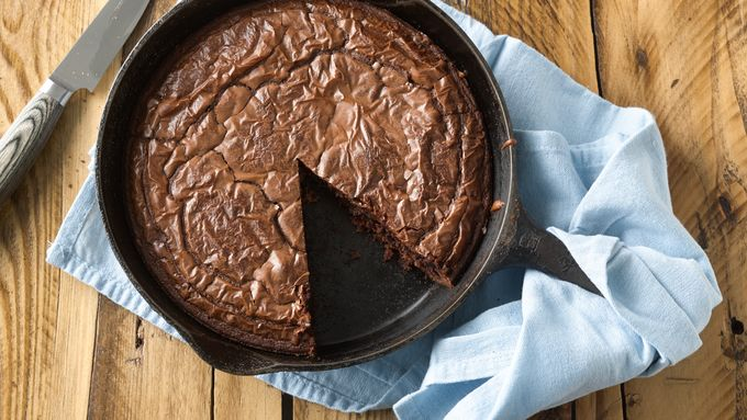 Grilled Cast Iron Skillet Brownies