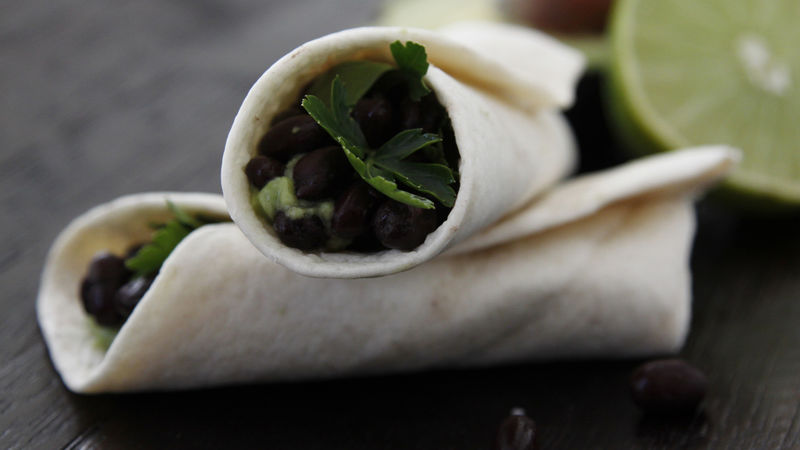 Skinny Black Bean-Avocado Wraps