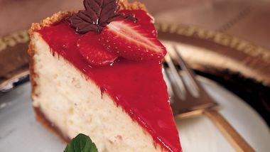 Strawberry Hot Fudge Cheesecake
