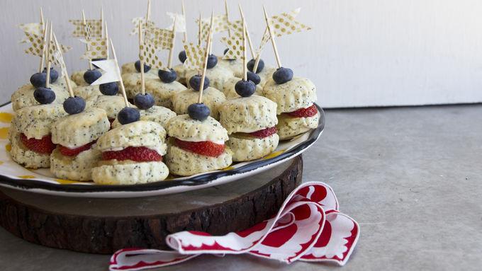 Lemon-Berry Breakfast Shortcake Sliders