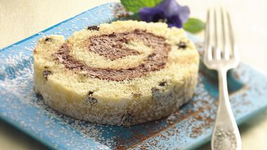 Chocolate-Filled Cake Roll