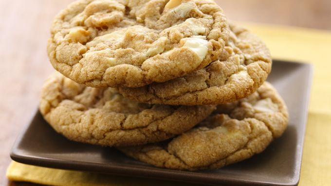 Outrageous White Chocolate Macadamia Cookies (White Whole Wheat Flour)