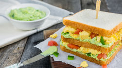 Egg Sandwich with Mint and Avocado Spread