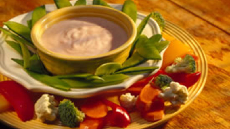 Tangy Yogurt Dip with Veggies