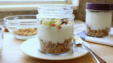 Yogurt with Granola and Apple