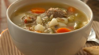 Easy Vegetable Soup with Meatballs