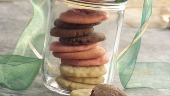 Three-in-One Cookie Stacks
