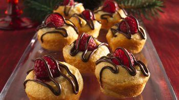 Mini Raspberry-Almond Swirls