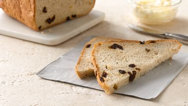 Bread Machine Cinnamon-Raisin Bread