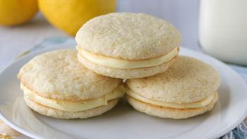 Lemon Whoopie Pies