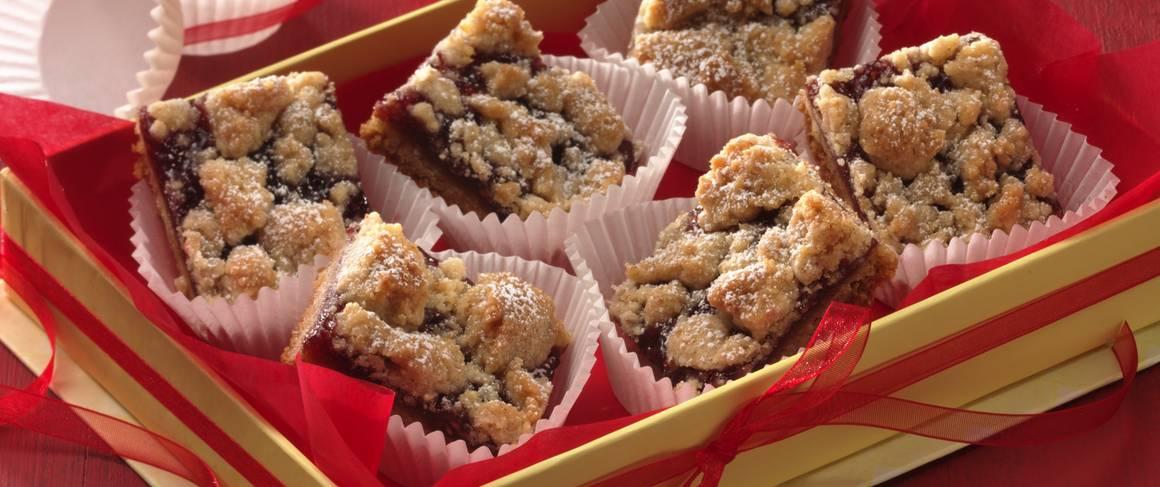 Linzer Torte Bars (Cookie Exchange Quantity) recipe from Betty Crocker