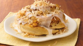 Taste-of-the-Islands Breakfast Rolls