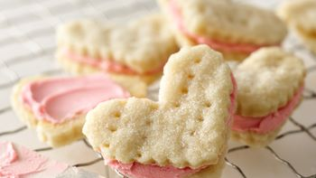 Valentine Cream Wafers
