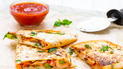 Vegetables Pizza Quesadilla