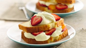 Fruit-Topped Lemon Pound Cake