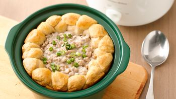 Slow-Cooker Biscuits and Sausage Gravy