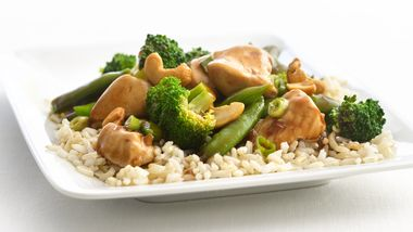 Skinny Cashew Chicken and Broccoli