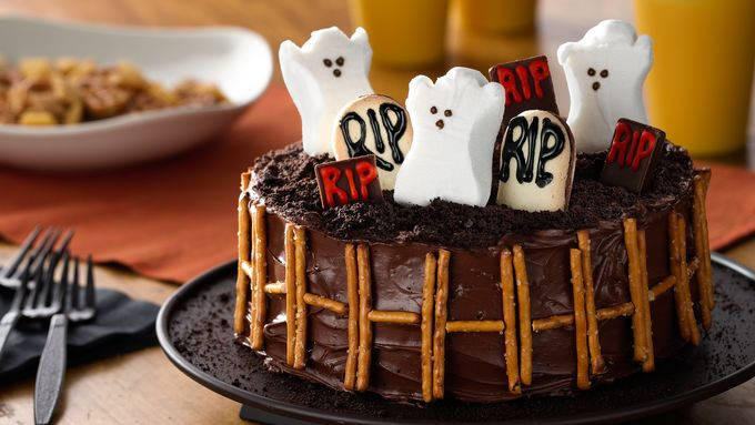PEEPS® Ghosts in a Graveyard Cake