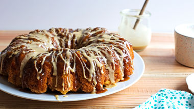 Chai-Glazed Pumpkin Monkey Bread