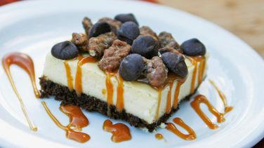 Turtle Cheesecake Squares