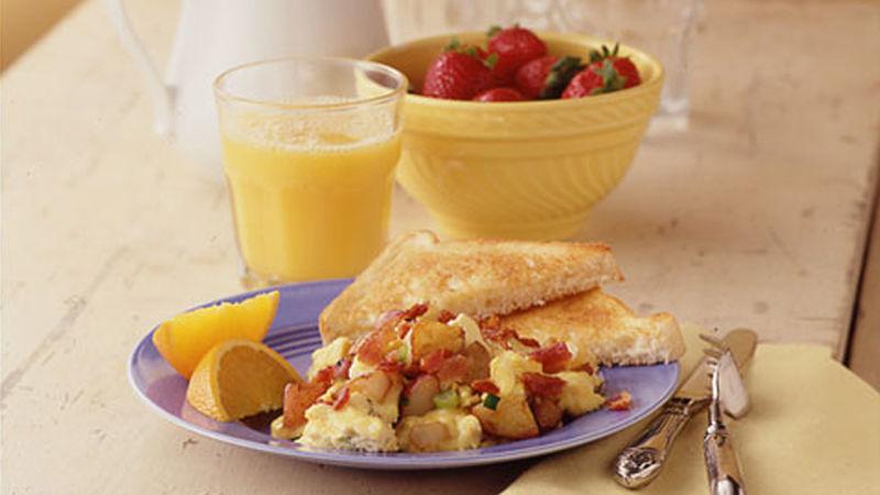 Potato, Bacon and Egg Scramble