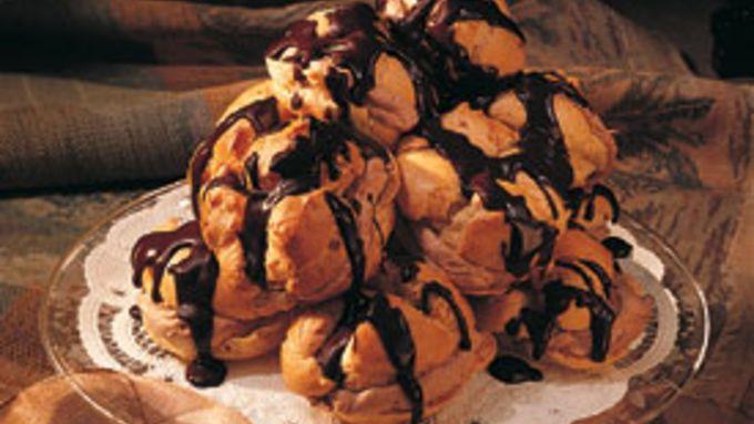 Orange-Chocolate Puffs