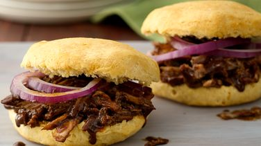 Mole Pulled Pork Grands!™ Sandwiches