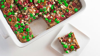 Christmas 7-Layer Cookie Bars