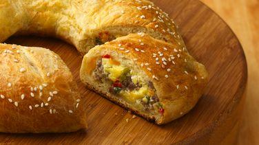 Rosca de Huevo y Salchicha para el Desayuno