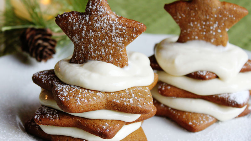 Gingerbread Cheesecake Cookie Stacks