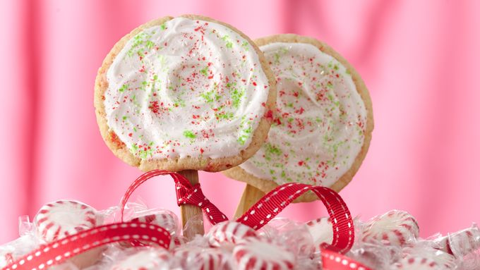 Frosted Peppermint Cookie Pops