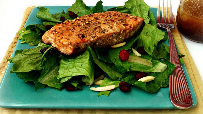 Romaine Salad with Salmon
