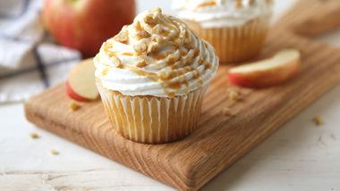 Apple Pie Stuffed Cupcakes