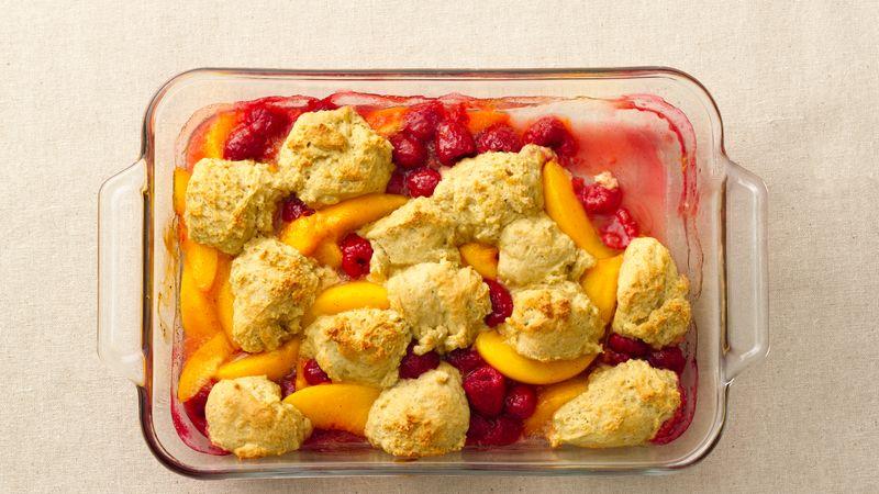Skinny Peach Berry Cobbler