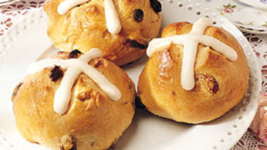 Bread Machine Hot Cross Buns