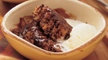 Fudgy Cinnamon Pudding Cake