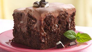 Chocolate-Peppermint Poke Cake