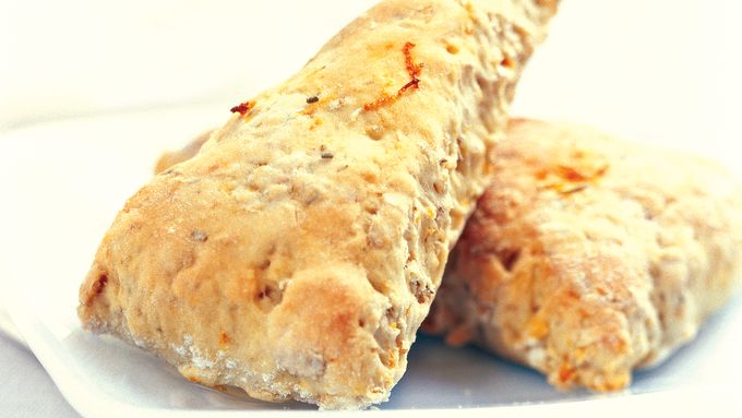 Skinny Rosemary-Orange Scones